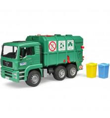 Śmieciarka MAN z tylnym załadunkiem i koszami na śmieci Bruder 02753